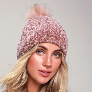 Mauve Chunky Chenille Beanie with fur top